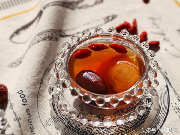 红枣加红糖泡水喝有什么好处呢