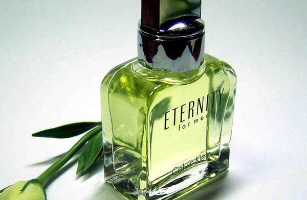 香奈儿香水保质期是多长 香水如何储存用得更久?
