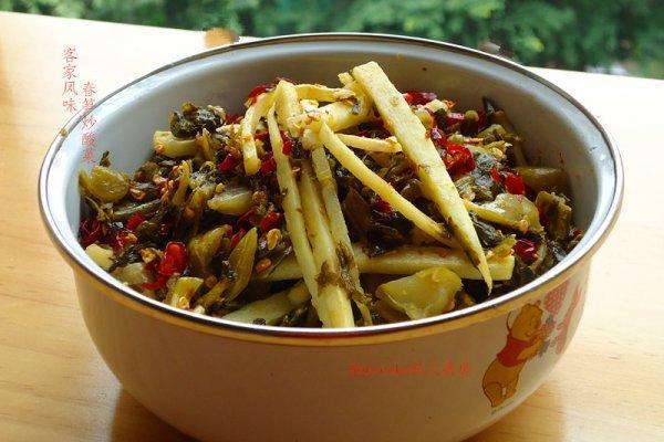 酸菜炒笋片的做法