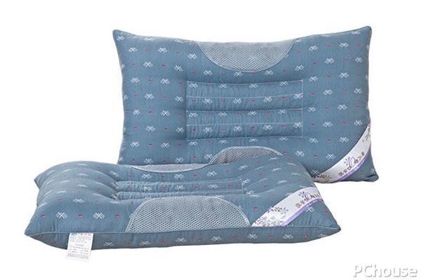 怎么样选枕头的高度和硬度