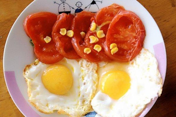 做番茄煎荷包蛋的步骤
