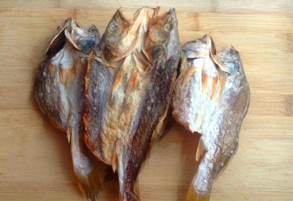 辣酱小鱼干&花生小鱼干的做法