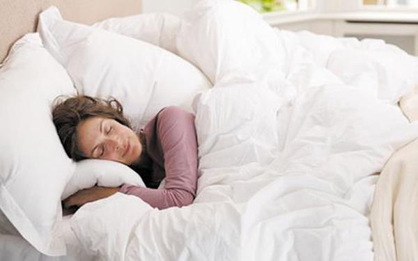 睡前做两件事百病消