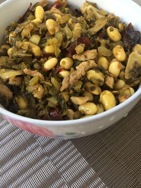 酸菜炒黄豆的做法