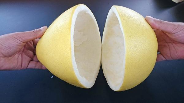 柚子皮的妙用 吃完柚子可千万别扔皮!它还有这5大用途...