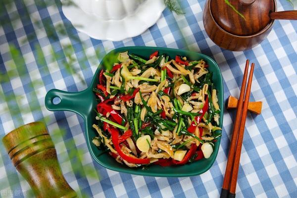 小虾韭菜鸡蛋汤的做法