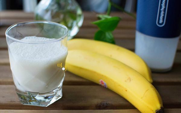 香蕉汁的做法