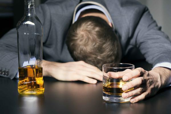 睡觉前喝红酒的坏处有哪些