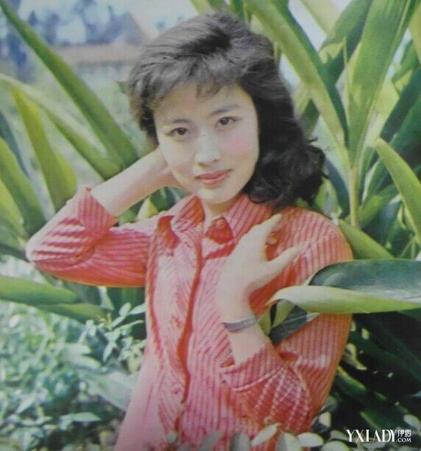 杜志国妻子赵娜小我材料和图片 赵娜和杜志国仳离了吗
