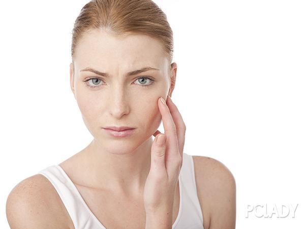 敏感肌用什么护肤品 请不要这样折磨你的脸了好吗?