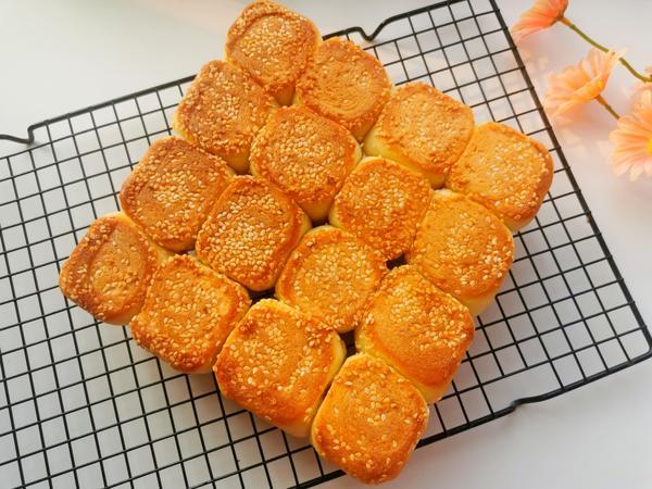 蜂蜜小面包的做法简单吗