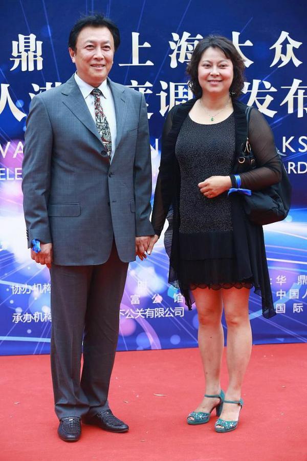 壮丽唐国强爱情史分享 壮丽唐国强婚姻幸福吗