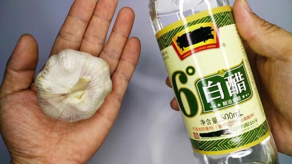 白醋白酒泡大蒜的功效与作用,白醋泡大蒜怎么做