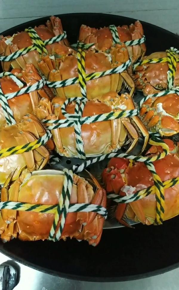 晚上吃大闸蟹好吗,晚上吃大闸蟹会怎样