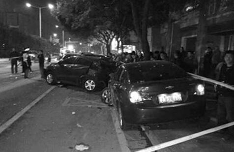 南京昨晨发生特大车祸:卡车冲塌民居夺命7条(组图)_新浪网