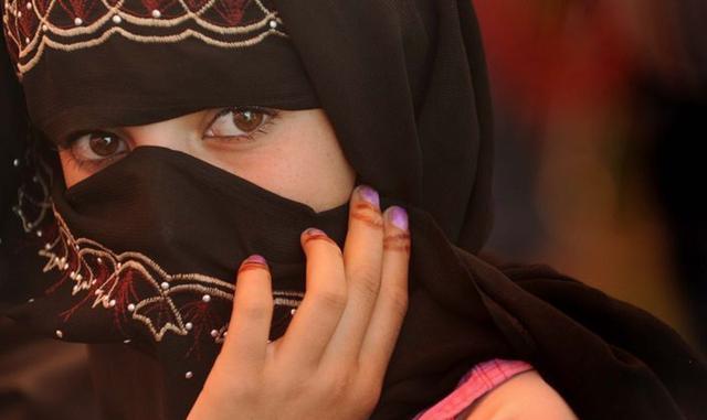 揭开神秘的面纱: 阿富汗女性竟这样美!_ZAKER资讯