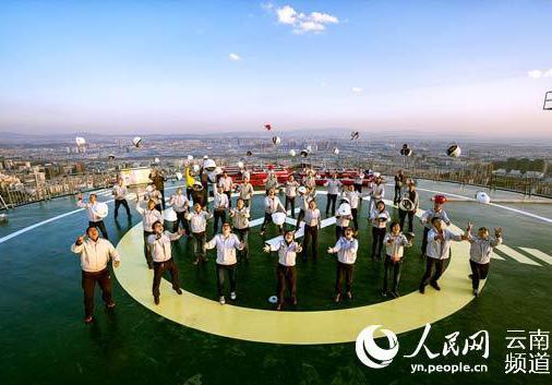 百座万达广场庆典昨日举行 西山万达广场今日开业