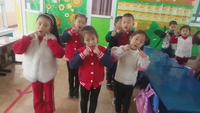 幼儿园课前律动儿歌?