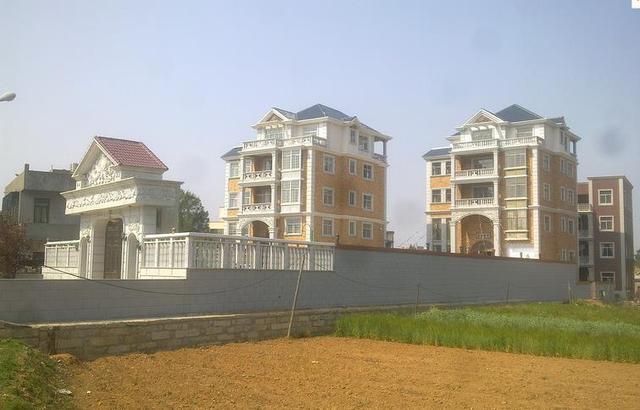 各地农村别墅豪宅实景欣赏,你最喜欢哪款?欢迎吐槽