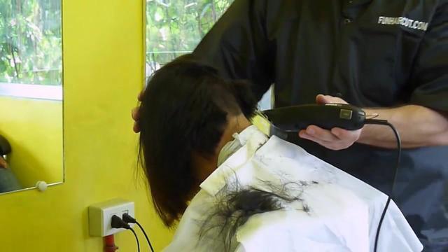 老婆剪超短bob头