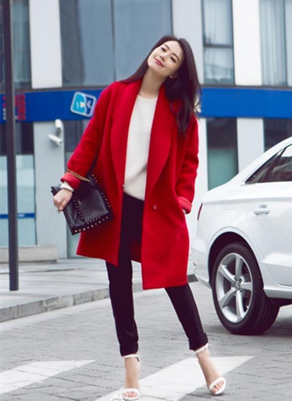 看看街拍女神高圆圆 冬日是如何穿搭!