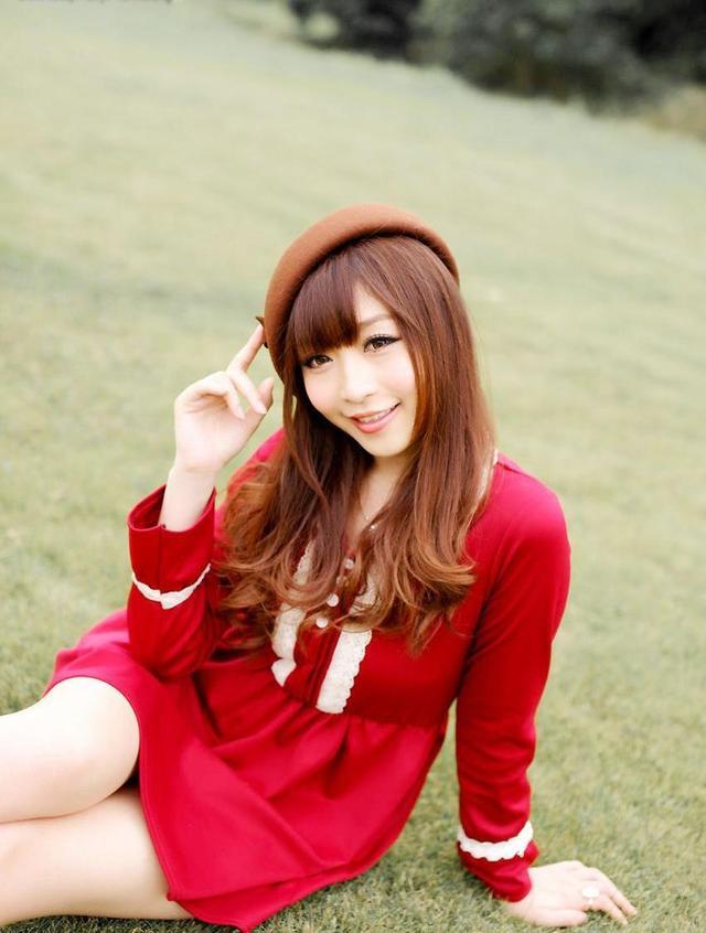 枫叶林少女唯美意境高清写真_非主流新生代