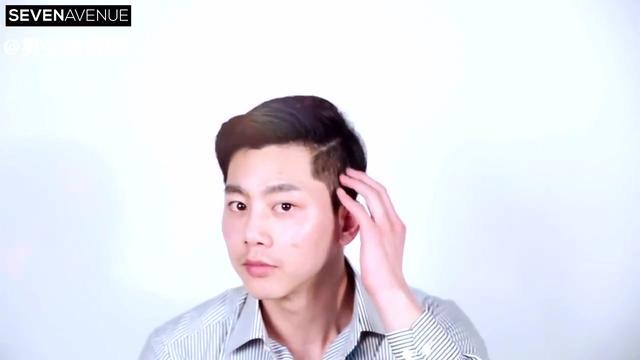 侧分刘海发型男图片