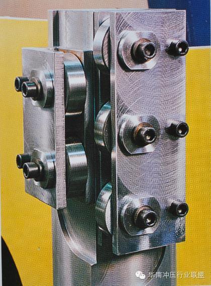 汽车四大生产工艺之首:压力机(冲压机)的种类和构造简述