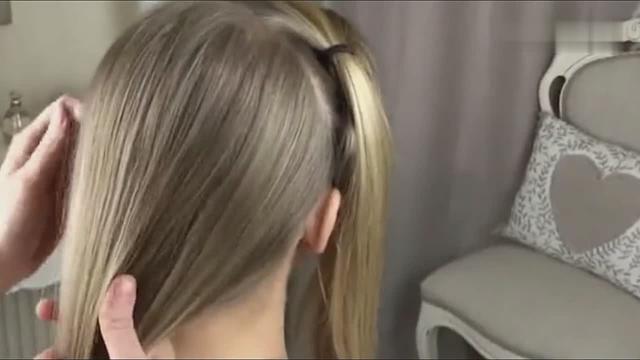 新手学化妆盘发必须学会的蜈蚣辫教程