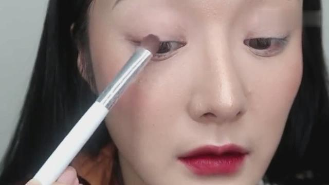 四种眼影画法保姆级教程,超详细简单,看完化妆小白不再迷茫!