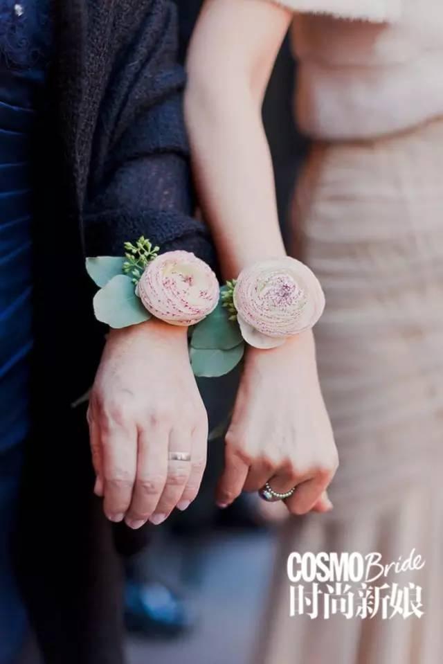 新娘手腕花怎么佩戴 新娘须知手腕花的注意事项-Wed114结婚网