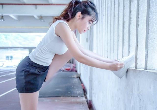 聚焦摄影:跨栏少女,运动是一种释放