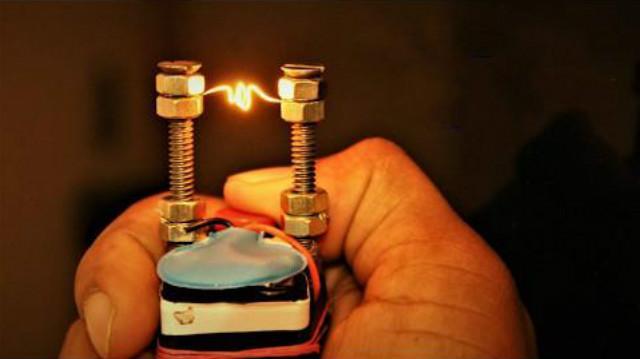 什么牌子的防风打火机可以充气再用,不是一次性的