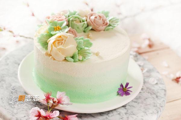 手把手教你做裱花蛋糕,以后生日蛋糕再不求人