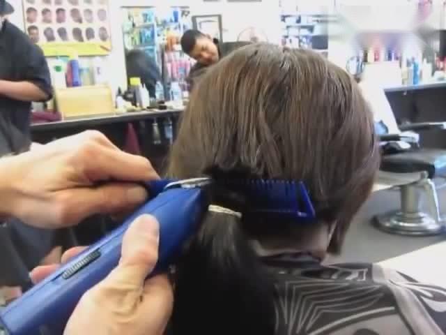 长发剪短发你知道有多美吗?美到看了还想看