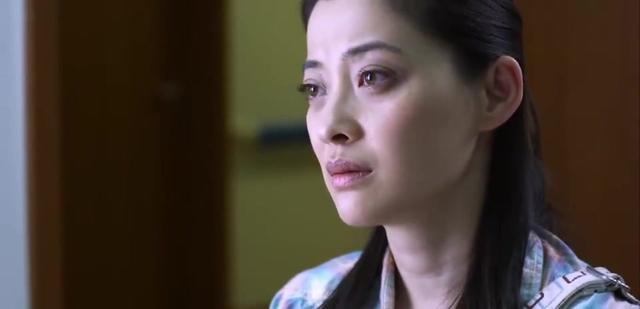 经过一夜的相处,曹小强和谷清之间的关系发生了微妙的变化