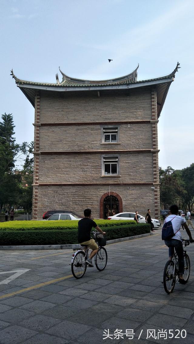 清华大学本科生宿舍楼,你想象不到的豪华!住宿费仅需1000块