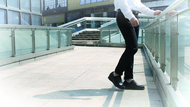 男内增高休闲皮鞋