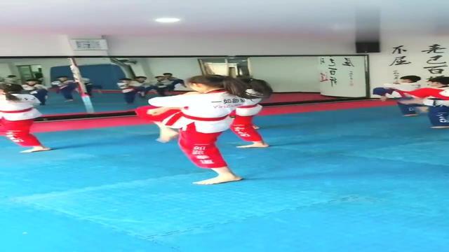 跆拳道运动员光脚的秘密原来是这个_手机搜狐网