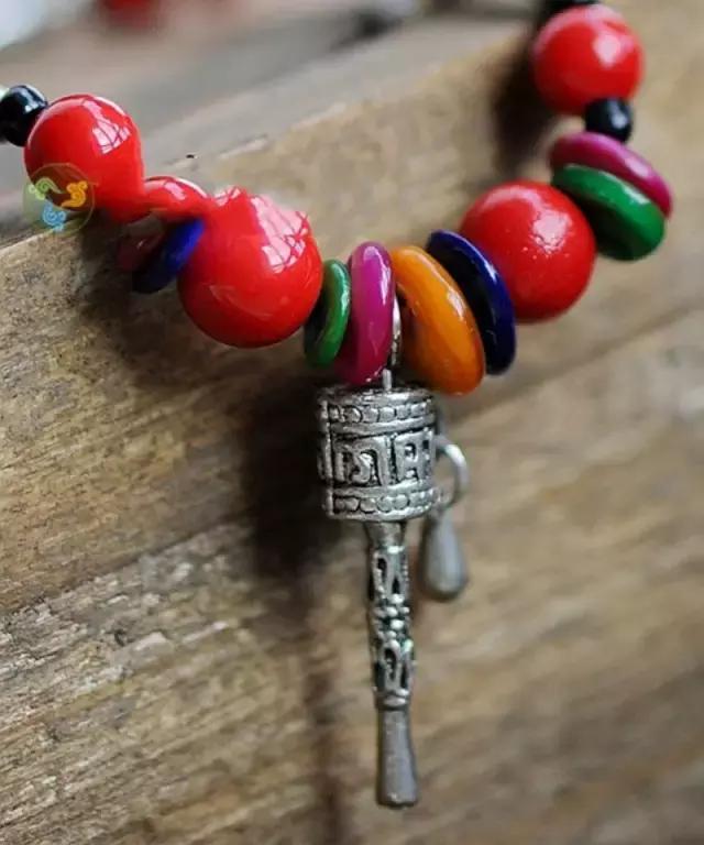藏族名族风饰品,辟邪护身挂件吊坠