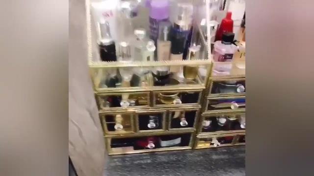 化妝品收納盒簡單