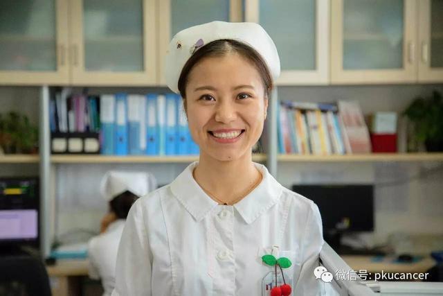 5.12国际护士节 一袭白衣,一顶燕帽,致敬平凡岗位上的护士们!