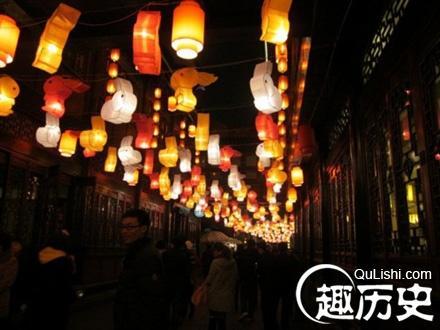 """三亚数千名市民游客逛元宵灯会,感受传统文化和""""小时候""""的年味"""