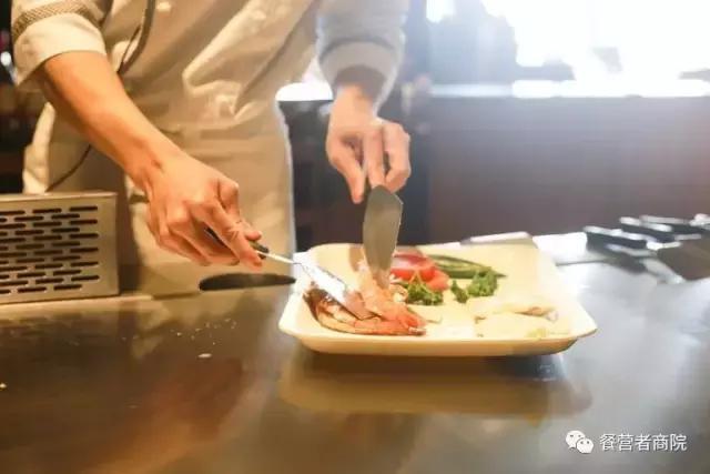 餐饮服务宗旨(服务理念)插图7