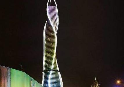 迪拜的达芬奇塔