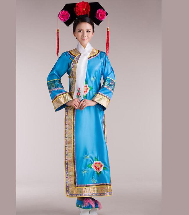 清代春交秘戏画图瓷器