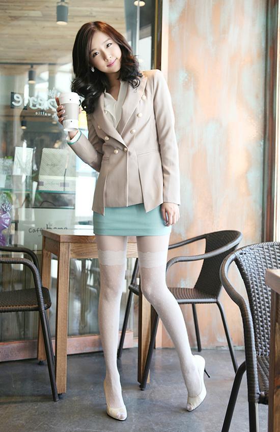 韩国漂亮的女性员工