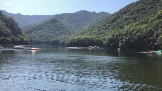 山水美景关山湖