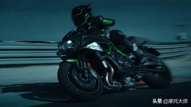 最新发布川崎机械增压街车版猛兽-Z H2官方视频!