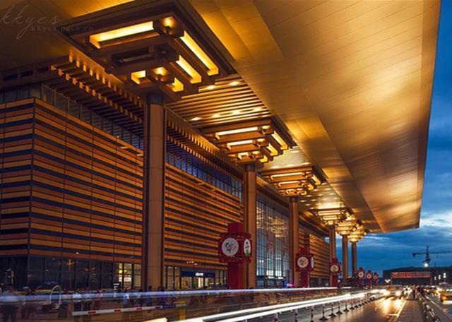 亚洲最大火车站:占地70万平方米,有100多条轨道... _手机搜狐网